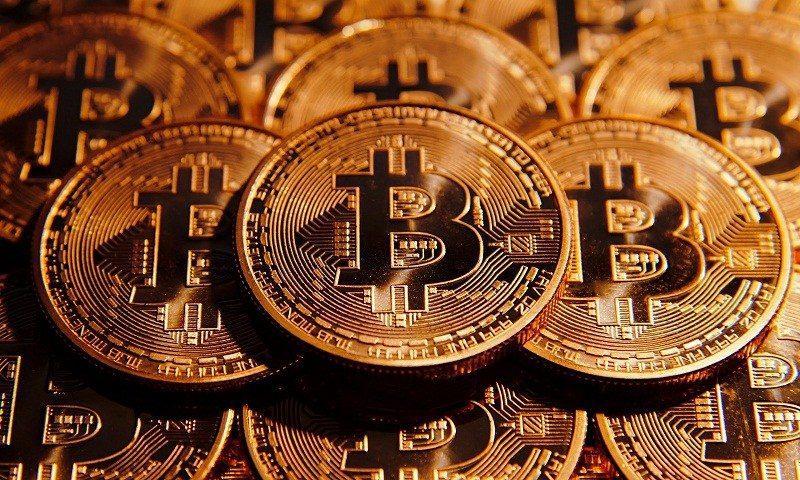 bitcoin10ways 800x480 - 10 Ways To Make Money With Bitcoin In 2017