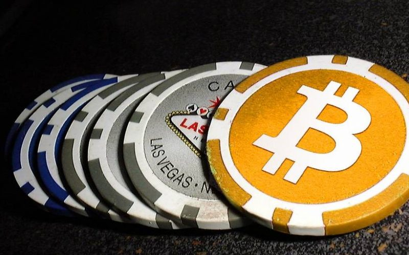 BTCGAMBLING 800x500 - How Bitcoin Casinos Work and How Can You Make Money From Them