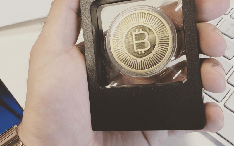 Cold Coin Gold Hardware Wallet