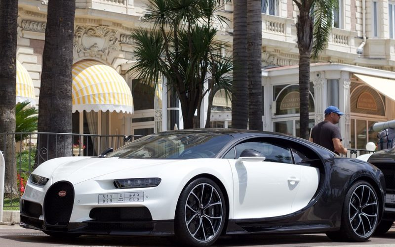 Luxury Cars 800x500 - Adoption Signs: Luxury Car Company Accepts Bitcoin and Others