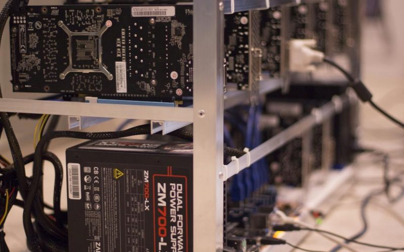 mining devices 800x500 - Top Companies Set To Start Production Of Cryptocurrency Mining Devices In 2018