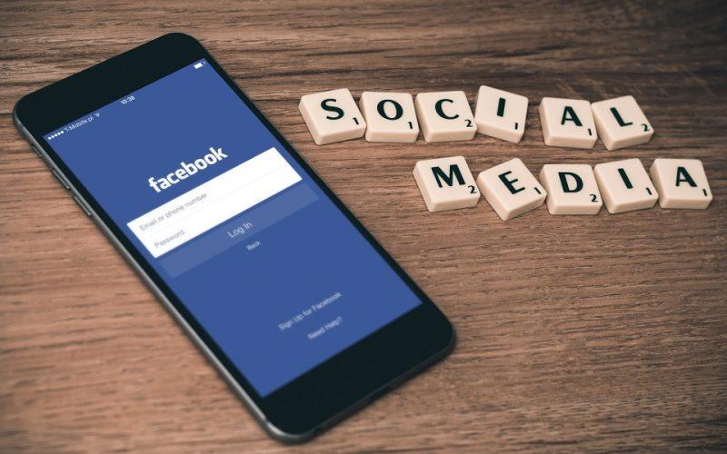 Facebook 2 800x500 - Facebook Allows Coinbase to Keep Advertising in the Social Platform