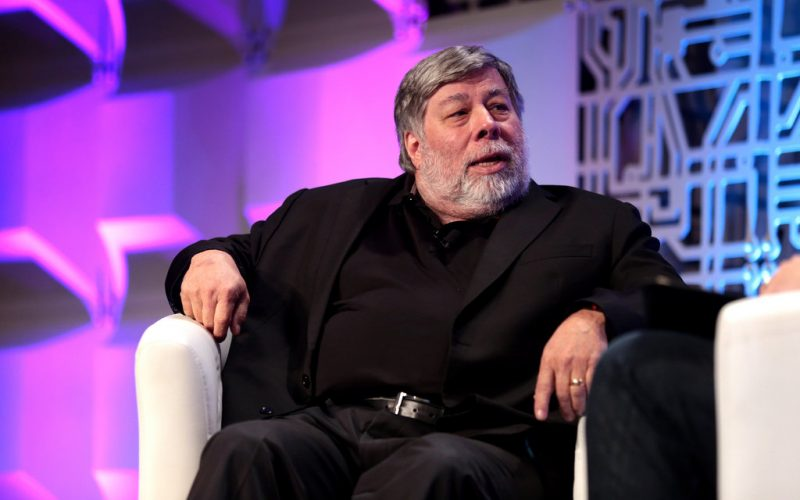 Steve Wozniak 800x500 - Steve Wozniak Jumping Into Blockchain With Funding Disrupter Equi