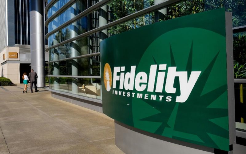 Fidelity Investments 800x500 - Fidelity Investments Searches for a Fund Manager to Run Cryptocurrency-Related Arm