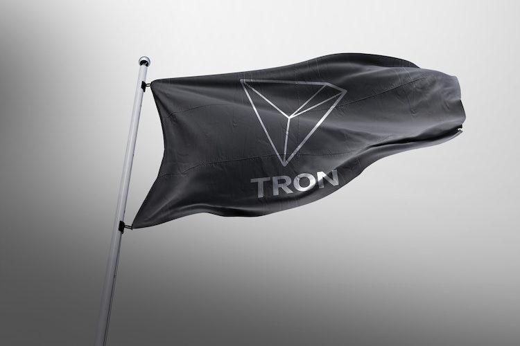 tron flag A 750x500 - Tron Keeps Rolling; More Updates And Five New Exchanges
