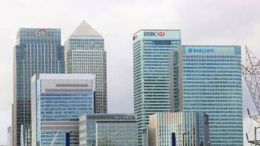 Bank buildings in the skyline of a city with banks such as HSBC or JPMorgan